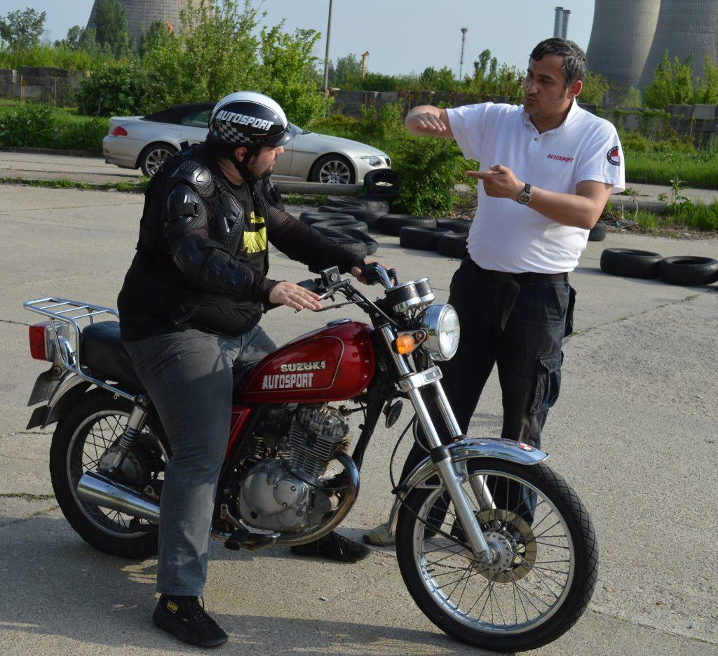 Scoala soferi Moto